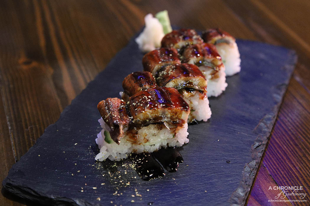 Izakaya Kuuraku - Unagi kabayaki w cucumber, unagi sauce, sansyo (half serve, $11)