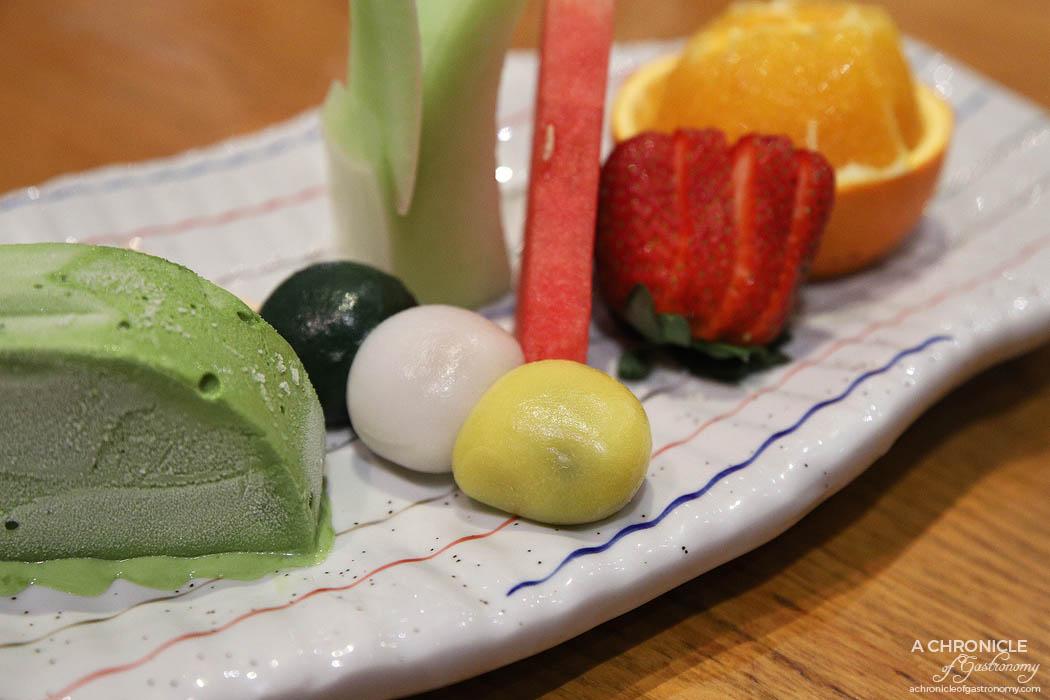 Matsumoto - Daifuku - Red bean, black sesame, mung bean with ice cream and fruit ($8)