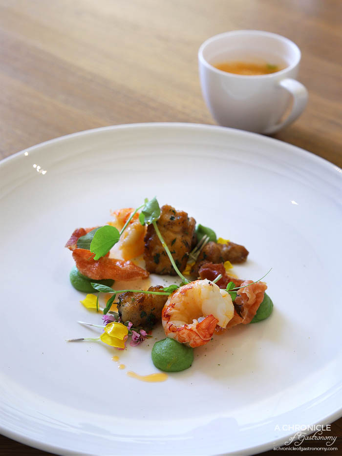Lindenderry Red Hill - Local yabbies, glazed sweetbreads, crushed peas, prosciutto, pea veloute, bisque espuma