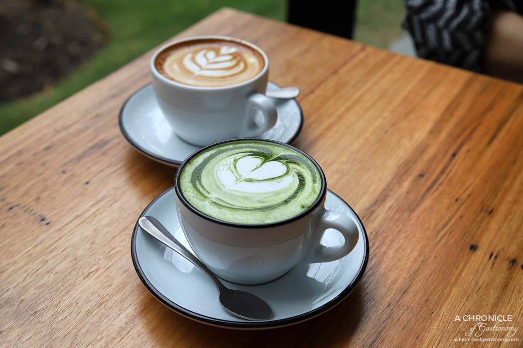 Toorak Tracktor - Matcha latte ($5), latte ($4)