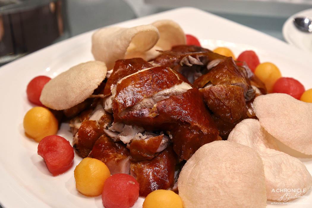 Sun Kitchen - Golden crispy chicken with prawn crackers