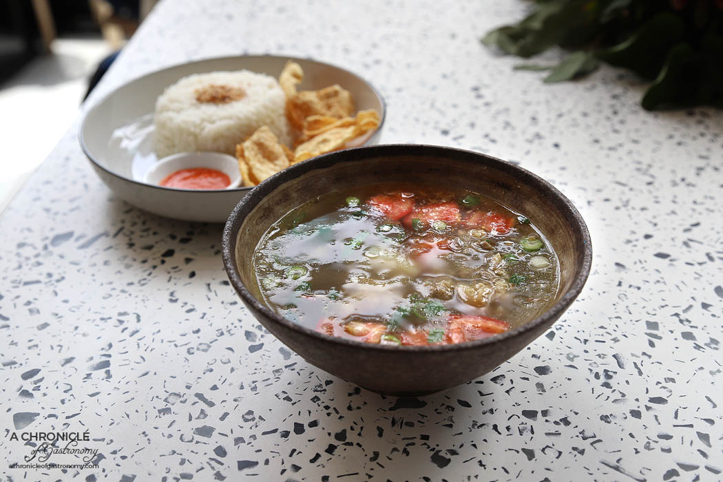 YOI - Lucy's Oxtail - Indonesian oxtail soup served with steamed rice ($12,90)