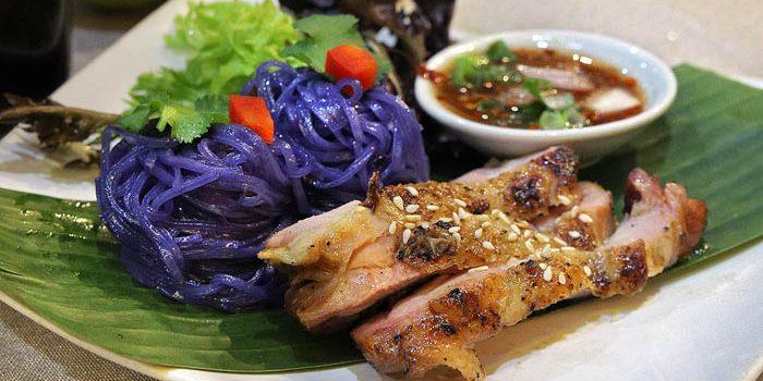 Jing Jai Thai An chan noodles w grilled chicken